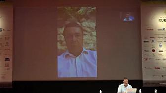 Yannick Imbert, Directeur des affaires territoriales et publiques du Groupe La Poste à RuraliTIC 2020 @GroupeLaPoste @MTN_cote #Ruralitic2020 @cantalauvergne
